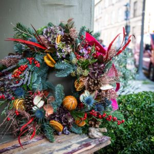 Old Town Wreath Christmas